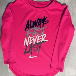 Girls Nike dry fit tee